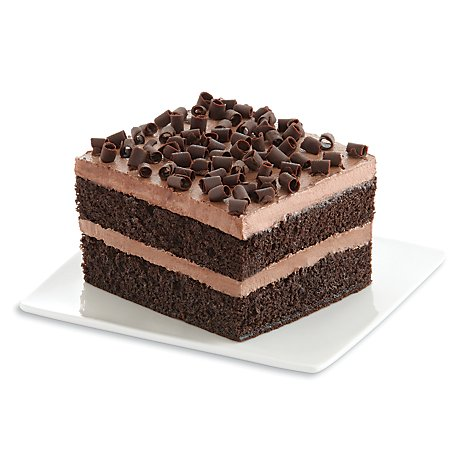 Fresh Baked Cake Sliced Chocolate Iced Chocolate Cake - Each (840 Cal)
