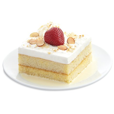 Bakery Cake Slice Tres Leches Pla Inch - Each (910 Cal)