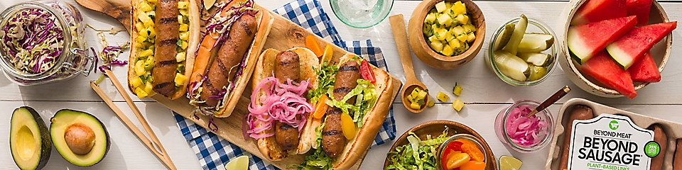 Hot dogs with Beyond Sausage
