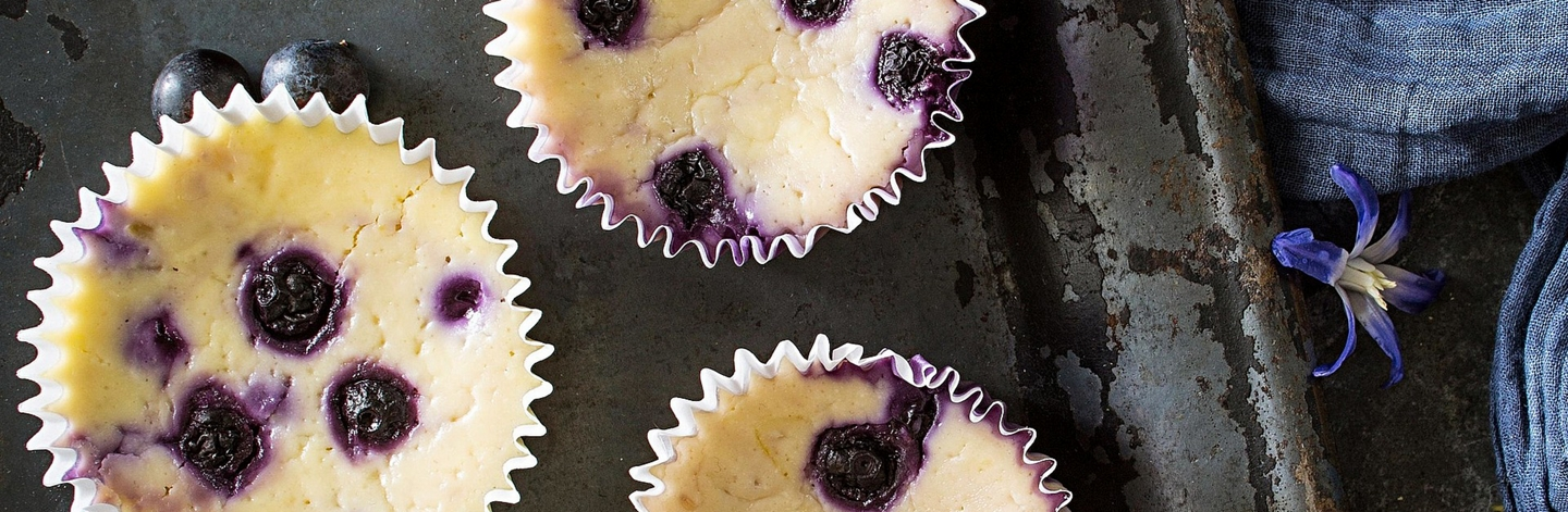 Mini Blueberry-Lemon Cheesecakes