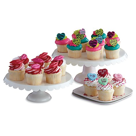 Bakery Cupcake Assorted 16 Count - Each
