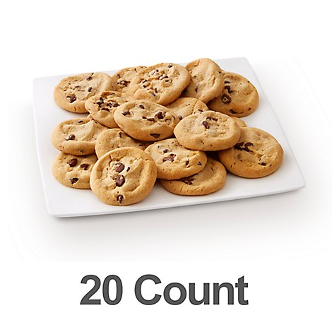 Fresh Baked Chocolate Chip Cookies With Ghirardelli 20 Count