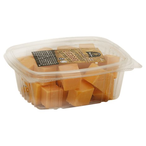 Boars Head Cheese Wisconsin Sharp Yellow Cubes 0.50 LB