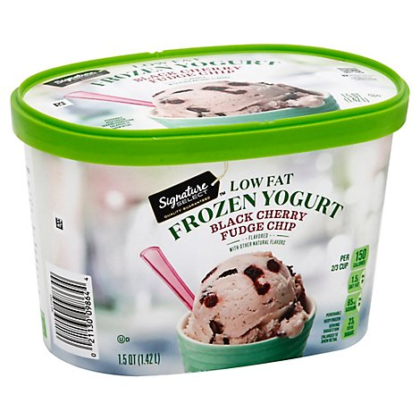 Signature SELECT Frozen Yogurt Low Fat Black Cherry Fudge Chip - 1.5 Quart