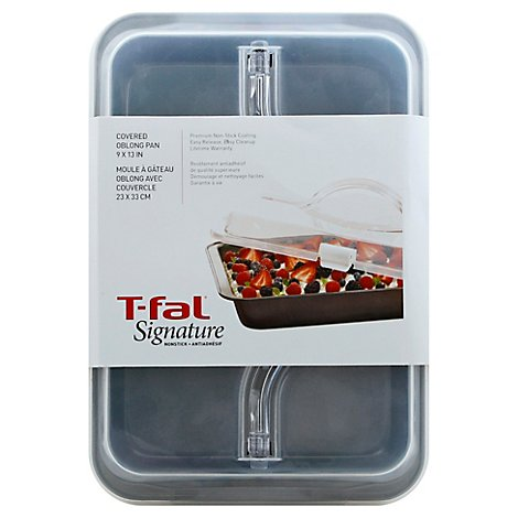 T Fal Signature Ns Cake 13x9 Covered - Each
