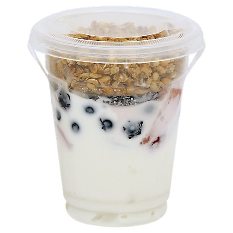 Fresh Cut Yogurt Parfait Greek Yogurt Vanilla With Strawberries And Blueberries - 8 Oz (450 Cal)