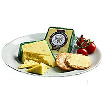 Snowdonia Green Thunder Mature Cheddar With Garlic & Garden Herbs Ew Wedge - 5.3 Oz