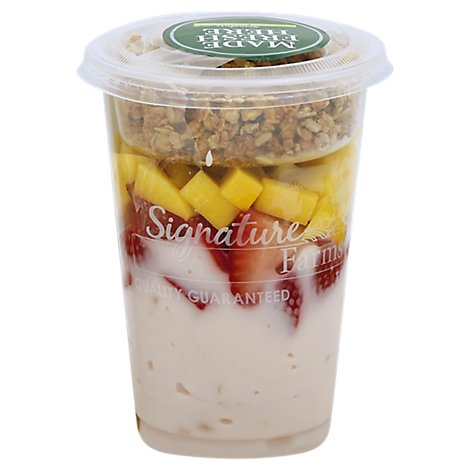Fresh Cut Yogurt Parfait Strawberry With Strawberry & Mango - 12 Oz (420 Cal)
