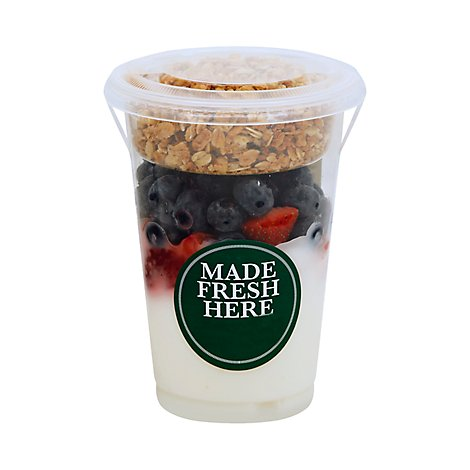 Yogurt Parfait Vanilla With Strawberry & Blueberry - 13 Oz