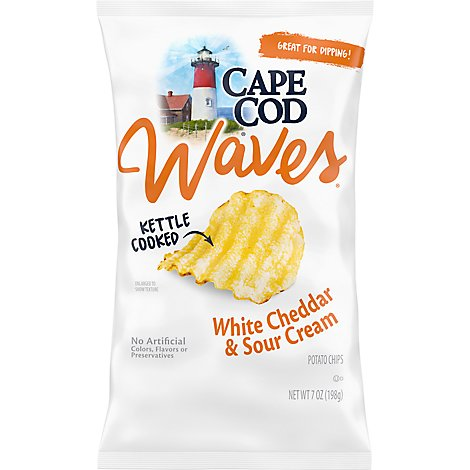 CAPE COD Waves Potato Chips Kettle Cooked White Cheddar & Sour Cream Bag - 7 Oz