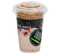 Yogurt Parfait Strawberry W/ Strawberry - 12 Oz
