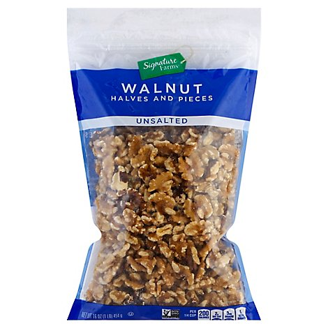 Signature Farms Walnut Halves - 16 Oz