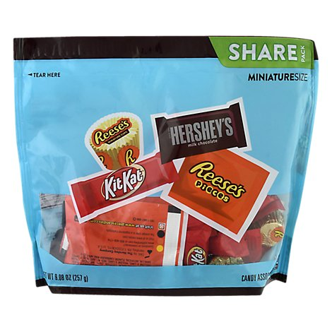 Assortment Reeses Pieces,kit Kat,hershey Miniature,reese Peanut Butter Cups - 9.08 Oz