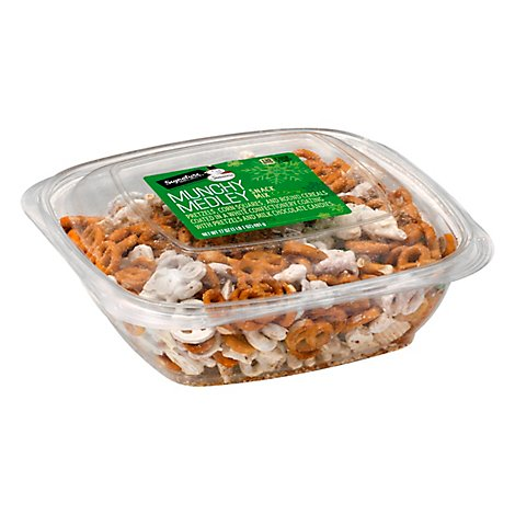 Signature Select Seasons Snack Mix Munchy Medley - 17 OZ