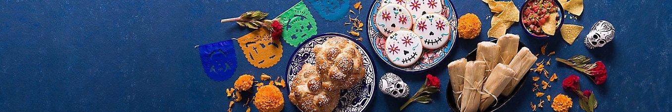 Food and decor for Día de los Muertos