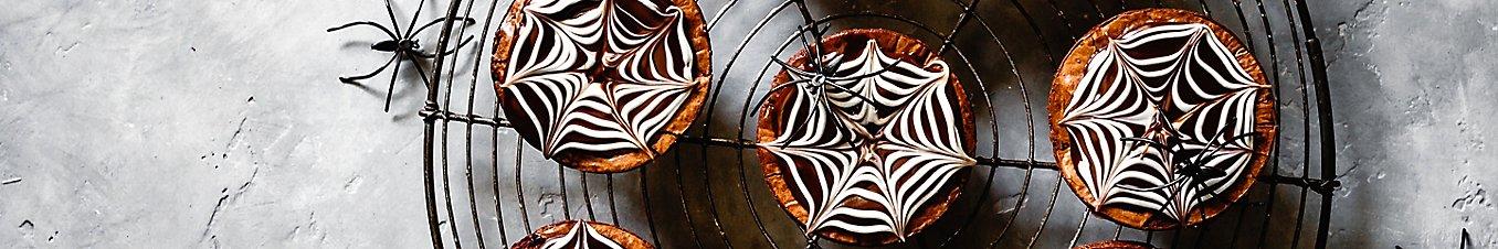 Spiderweb Brownie Cakes