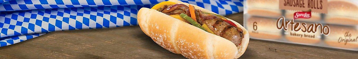 Hot dog made with Arteseno® sausage rolls.
