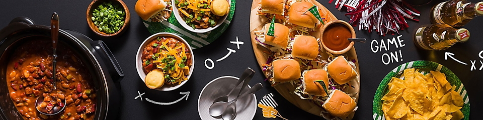 Slow cooker chili, sliders, and chips